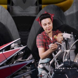 Una ragazza fissa i motori di Goldrake Seconda guerra mondiale