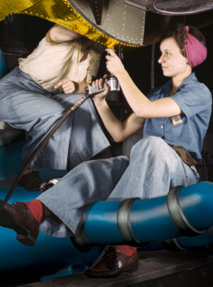 Due donne lavorano a Goldrake Seconda guerra mondiale